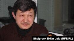 Табылды Акеров.