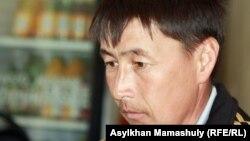 Жумагали Козыгараев, один из постоянно присутствующих на суде по Шетпе, Актау 20 апреля 2012 года.