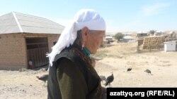 Кульзина-апай, жительница села Амангельды Южно-Казахстанской области. 21 сентября 2014 года.