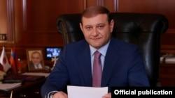 Мэр Еревана Тарон Маркарян подает в отставку, 9 июля 2018 г.