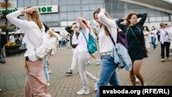 Акция протеста женщин против насилия. Минск, 12 августа 2020 года.