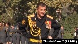 Гулмурод Халимов в бытность полковником милиции в Таджикистане.
