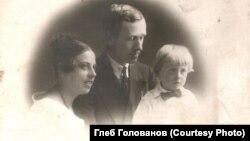 Александр Голованов, Ксения Казаринова и их сын Николай