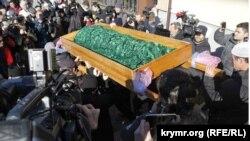 Похороны Решата Аметова, 18 марта 2014 года, Симферополь
