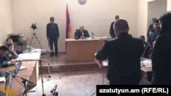Одно из заседания суда по делу об убийстве семьи Аветисян (архив)