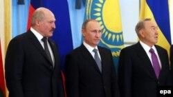 Лидеры трех стран таможенного союза в Москве