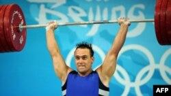 Қазақстандық ауыр атлет ИльяИльин Пекин олимпиадасында. Пекин, 17 тамыз 2008 жыл.