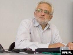 Уладзімер Мацкевіч, першы вядоўца ток-шоў на АНТ