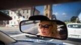 Апрача дальнабою, Вера часова працавала кіроўцам таксі