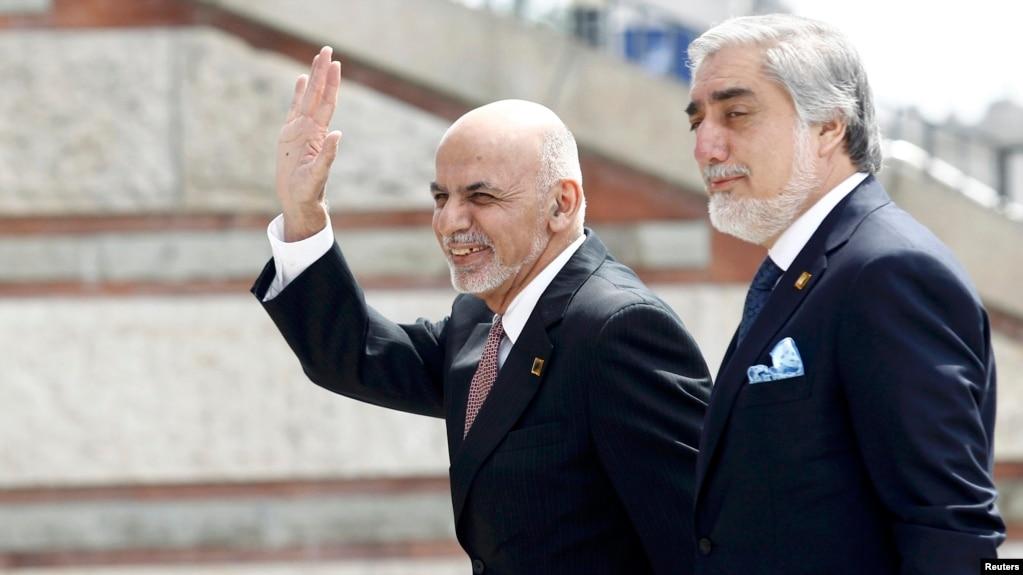 Dari Or Farsi? Afghanistan\'s Long-Simmering Language Dispute