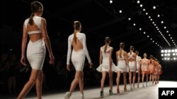 Общество меняет стандарты моды
