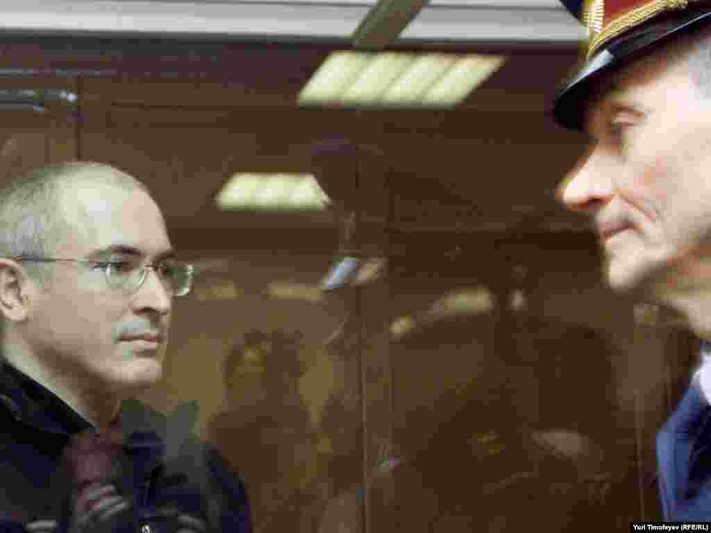 Михаил Ходорковский в Мосгорсуде, 17 мая 2011