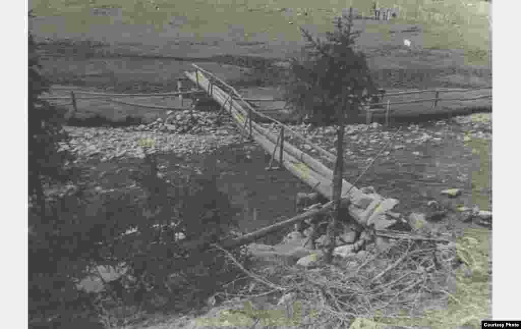 Гидрометрический створ. Большая Кызылсу. 1950 год.