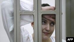 Надія Савченко під час засідання суду у Донецьку (Ростовської області). 29 вересня 2015 року