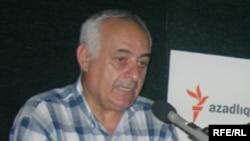 Kamil Vəli Nərimanoğlu hesab edir ki, torpaqlarımızın işğal olunmasaydı siyasətə gəlməzdik