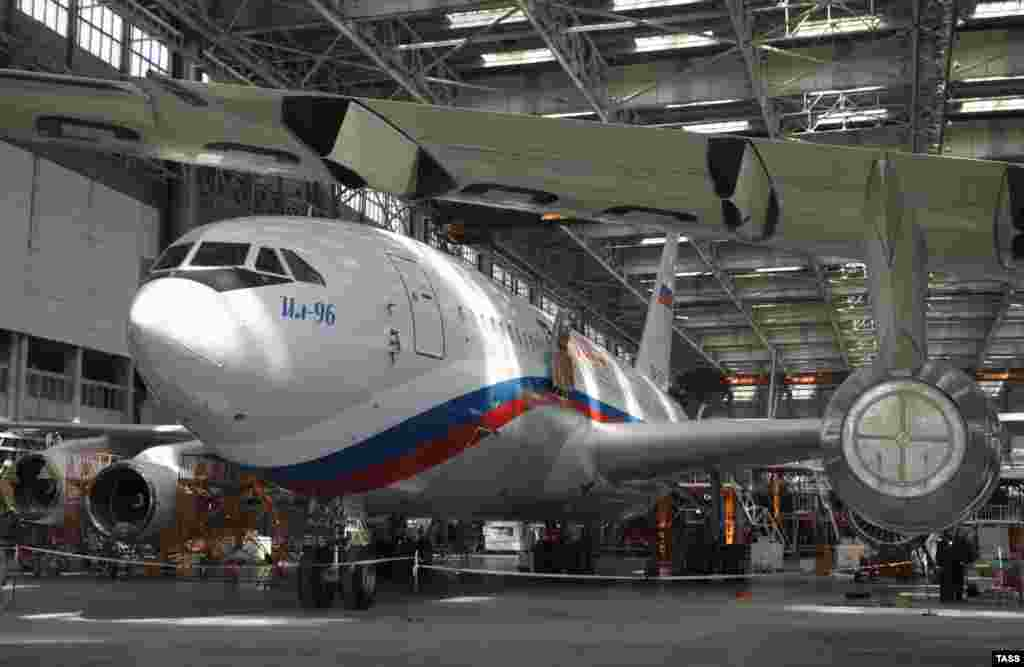 This IL-96-300 passenger airplane was turned over to Putin's presidential air detachment.