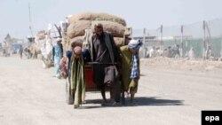 بسته شدن گذرگاه چمن ــ بولدک به تجار افغانهم میلیونها افغانی خساره وارد کردهاست.