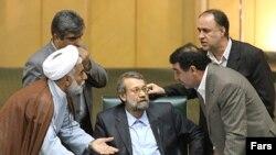 روز یکشنبه ۱۸ اسفند، مجلس ایران کلیات لایحه بوجه ۸۸ را به تصویب رساند