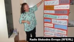 Љубица Стојмановска од Куманово изработува ракотворби.