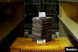 За кавалак мыла на рынку Каця ў Каракасе плоцяць 3,5 млн балівараў або 58 цэнтаў.