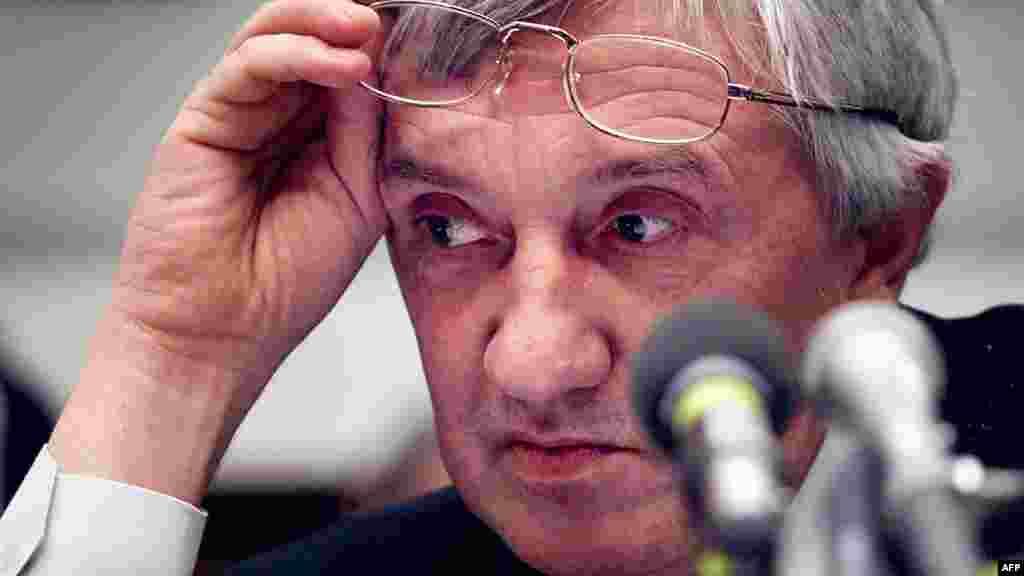 """Редактор """"Новой газеты"""" Юрий Щекочихин умер в 2003 году от загадочной болезни, которая, как многие подозревали, возникла в результате радиоактивного отравления. Он расследовал возможную причастность ФСБ к серии взрывов жилых домов в Москве и других городах в 1999 году"""