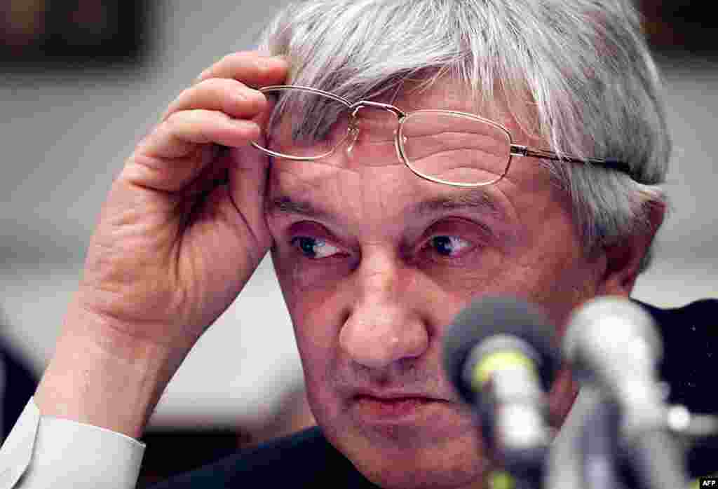 'Novaya gazeta' editor Yuri Shchekochikhin died in 2003 of a mysterious illness that was widely suspected to be the result of radioactive poisoning. (AFP/Tim Sloan)