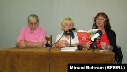 Hatidža Mehmedović (L), Fadila Memišević i Enisa Bukvić