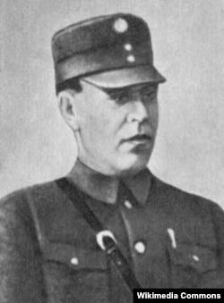Александр Черепанов, возглавивший советский отряд в Афганистане 18 мая 1929 года после отзыва Примакова в Ташкент, являлся настоящим воином-интернационалистом - принимал участие в боях на КВЖД, был главным советским военным советником в Китае, планировал операции фронтов советско-германской войны, а затем создавал армию социалистической Болгарии, готовившей вторжение в Грецию