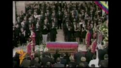 Liderë botëror marrin pjesë në funeralin e Chavezit