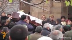 Մահացած զինվորի հարազատները չեն հավատում ինքնասպանության վարկածին