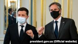 Госсекретарь США Энтони Блинкен и президент Украины Владимир Зеленский. Киев, 6 мая 2021 года.