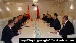 Кыргызстан менен Беларустун финансылык кылмыштарга каршы мекемелеринин сүйлөшүүсү.