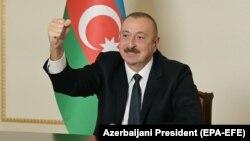Президент Азербайджана Ильхам Алиев обращается к согражданам. Баку, 9 ноября 2020 года.