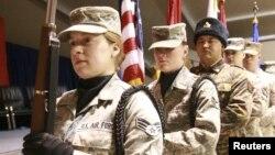 Церемония празднования 10-летия нахождения авиабазы Манас под командованием США, 21 декабря 2011 г.