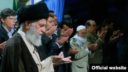 Эрон Олий раҳбари Али Хоманаий