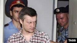 Оьрсийчоь - Битцеван паркехь адамаш дойуш хилла маньяк Пичушкин Александр, Москох кхелехь, 13Марс.2007