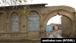 Türkmenistanda musulmanlar 'aýratyn gözegçilikde' saklanýar