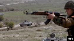 Кривола - македонски војници