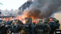 Майдан, лютий 2014 року. Ілюстративне фото