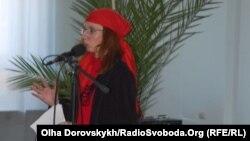 Евгения Бильченко на литературном фестивале в Донецке. Сентябрь 2010 года