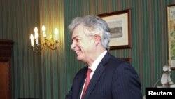 Американскиот заменик државен секретар Вилијам Барнс