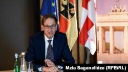 Посол Германии в Грузии ХубертКнирш