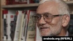Прафэсар, перакладчык з паўднёваславянскіх моў Іван Чарота