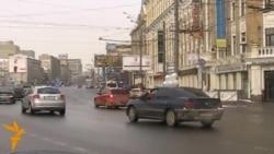 Белые ленты на Садовом