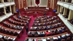 Kako je Albanija upala u političku krizu?