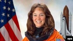 Эксперты гадают, как психически неуравновешанная Лиса Новак попала в элитный отряд астронавтов