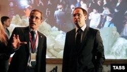 Научный директор РВИО Михаил Мягков (слева) и глава РВИО, министр культуры Владимир Мединский (архивное фото)