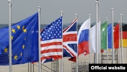 The crisis in the eurozone is expected to cast a shadow over this week's G8 summit.