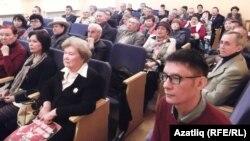 Башкортстан язучылар берлеге утырышында (архив фотосы)