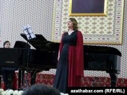Бахар Дурдыева
